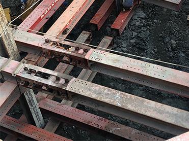 景泰然連續壁地下三H型鋼支撐