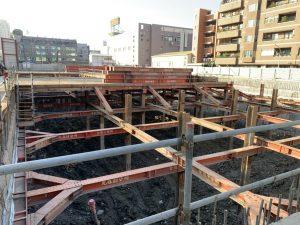 穩固地下一層厚前進地下二工程